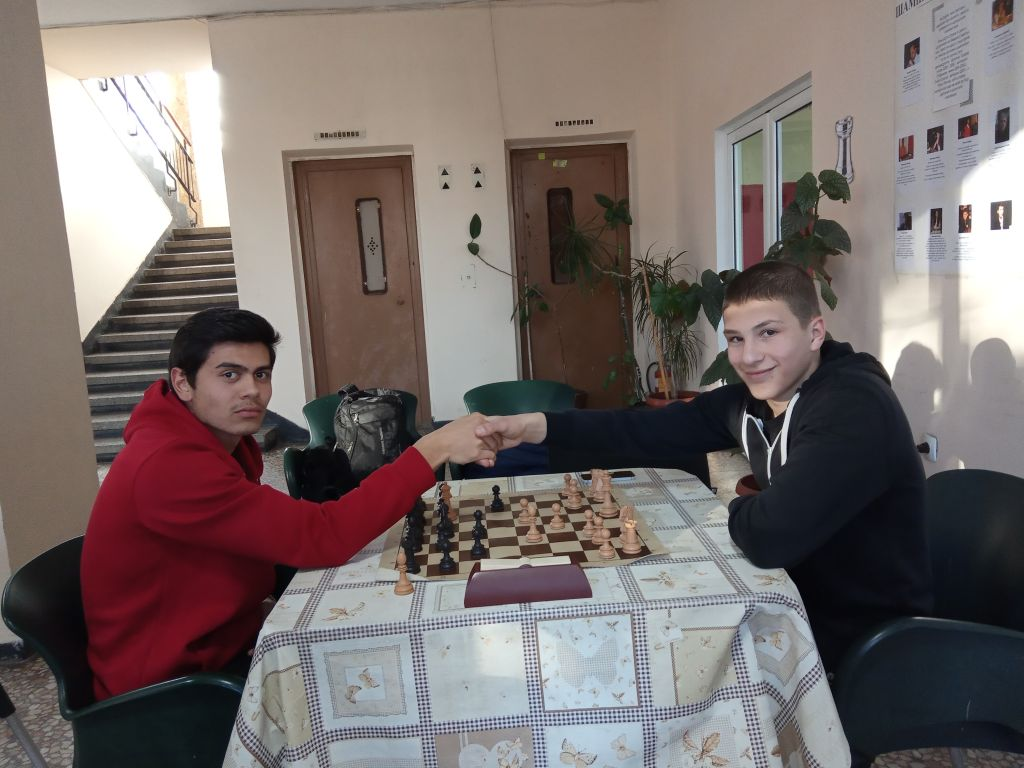 Училищен турнир по шахмат - СУ Васил Левски - Пловдив