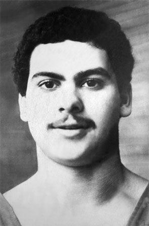 Стефан Топуров